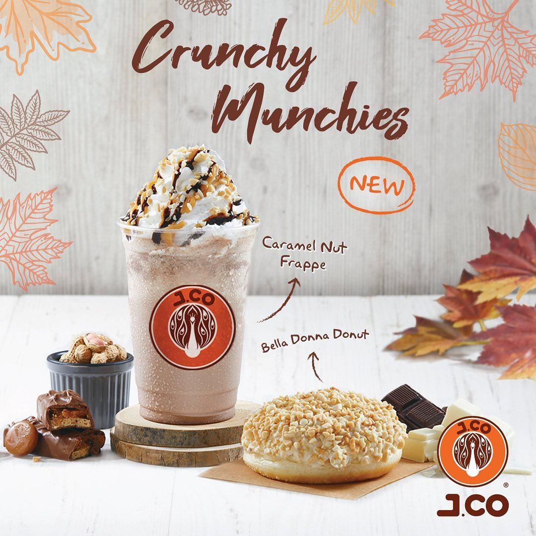J.CO Promo New CRUNCHY MUNCHIES series dengan 2 menu baru Caramel Nut Frappe dan Bella Donna Donut